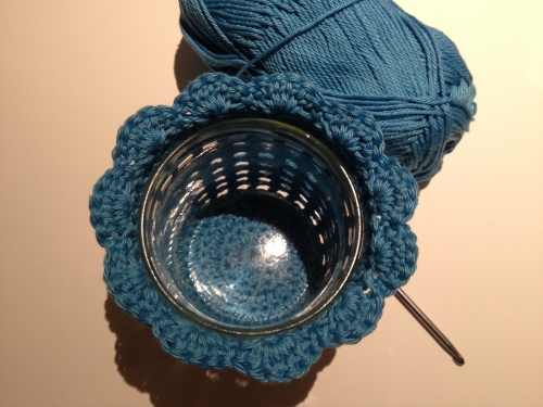 Crochet Candle Holder Cozy http://www.acraftyginger.com