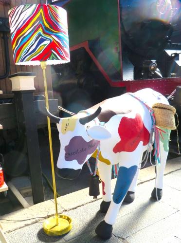 La Tapiceria Mercado de Motores http://www.acraftyginger.com