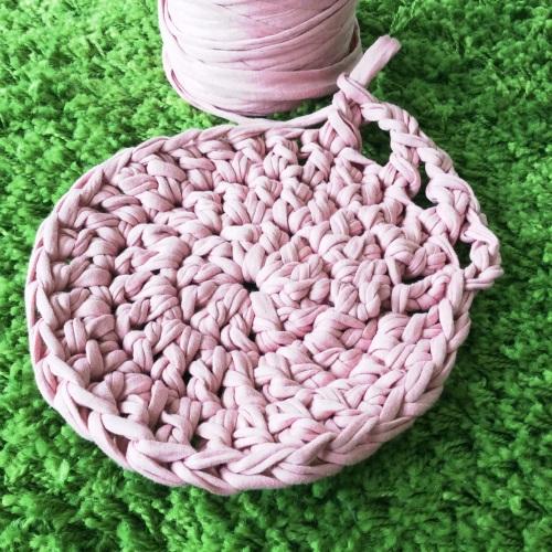 Crochet Mandala Rug http://www.acraftyginger.com