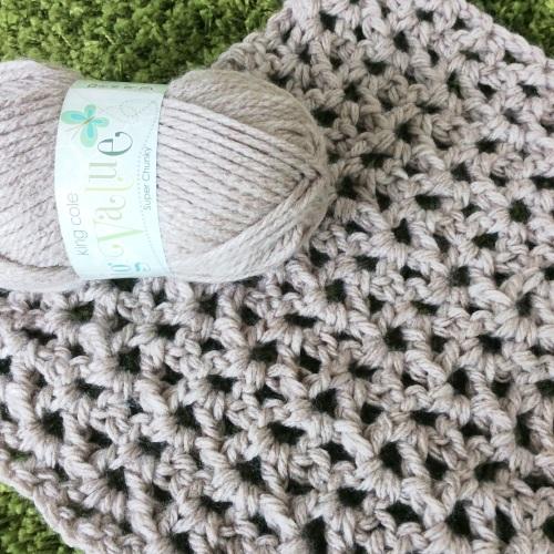Crochet Rope Scarf http://www.acraftyginger.com