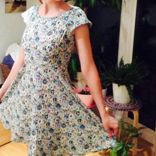 flower dress #acraftyginger